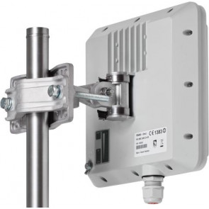 High-capacity 8 Mbps Point-to-Point. Integrated 19 dBi dual-polarity antenna.